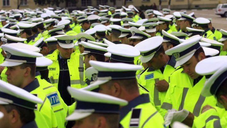 Poliţiştii sătmăreni ies în stradă