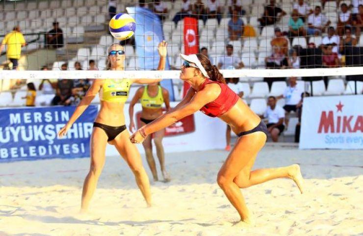 Volei | Beata Vaida și Adriana Matei au terminat pe locul 7 turneul de volei pe plajă de la Mersin