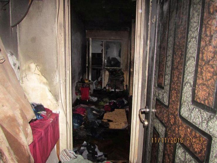 Incendiu la un apartament din Satu Mare. Două persoane au ajuns la spital