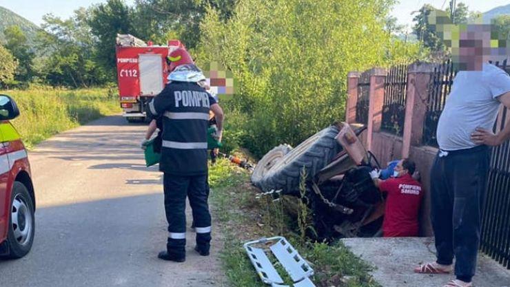 Accident în Bixad. Un bărbat, rănit grav, a fost transportat la spitalul din Baia Mare cu elicopterul SMURD