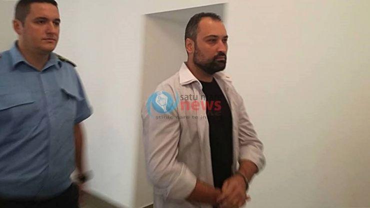 Închisoare pe viață pentru Răzvan Rentea, criminalul din Apa