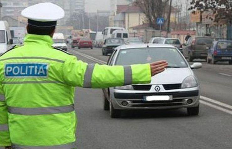 Acțiune rutieră în Valea Vinului. 12 amenzi aplicate de polițiști