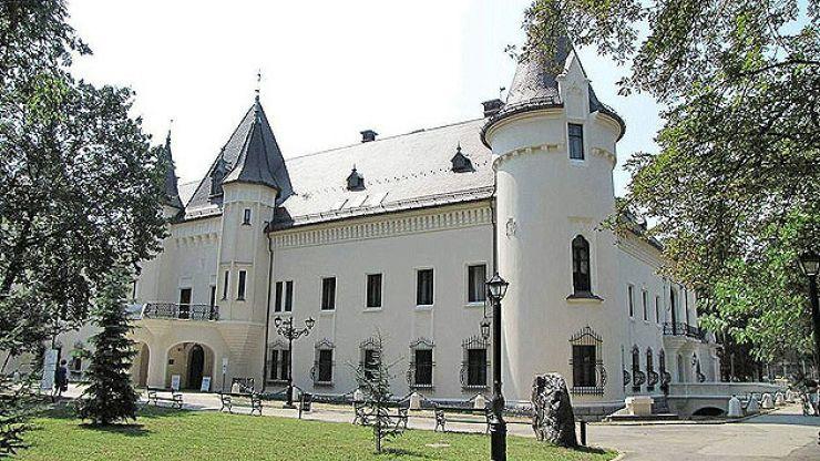 Programul de vizitare a Castelului Karolyi din Carei, de Paște
