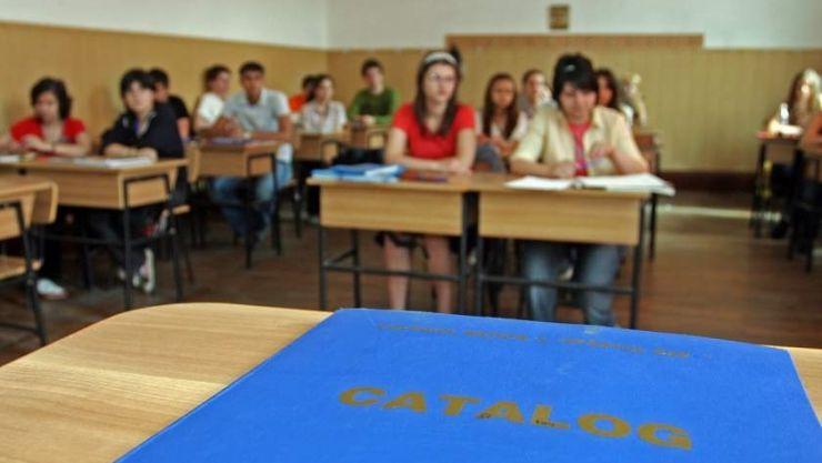 Grădinița devine obligatorie. Legea care extinde învățământul obligatoriu la 15 clase a fost promulgată