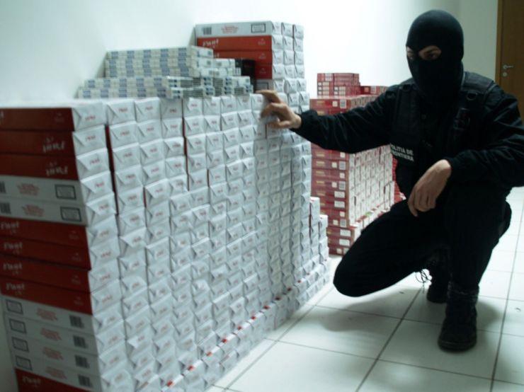 Cercetați pentru contrabandă cu țigări