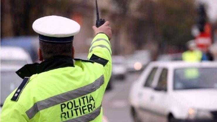 Șoferi băuți sau fără permis prinși în trafic de polițiști