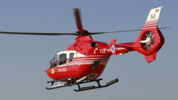 Accident grav în Tășnad. Minoră transportată cu elicopterul SMURD la Cluj-Napoca