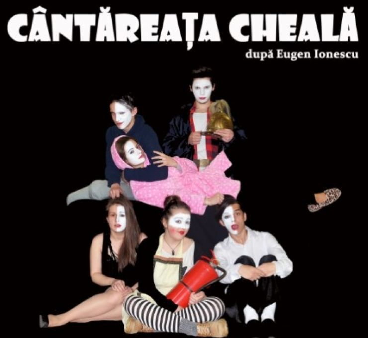 """Spectacolul """"Cântăreața cheală"""" a trupei de teatru din Carei va ajunge și la Baia Mare"""