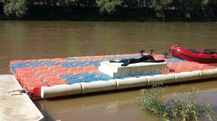 Inedit | Scenă plutitoare pe râul Someș, în Satu Mare, la Festivalul Muzicii de Stradă