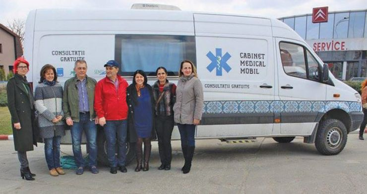 Caravana Medicală Rotary | Sute de sătmăreni au beneficiat de consultaţii medicale gratuite