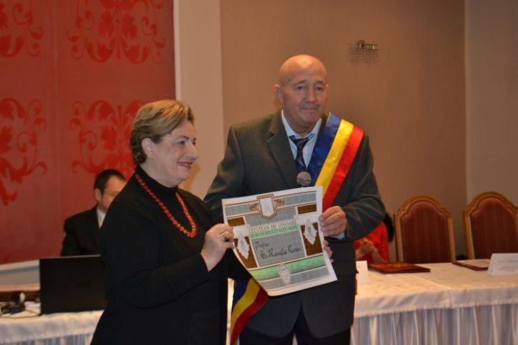 Prof. dr. Rumelia Koren a primit azi oficial titlul de Cetăţean de Onoare al municipiului Satu Mare