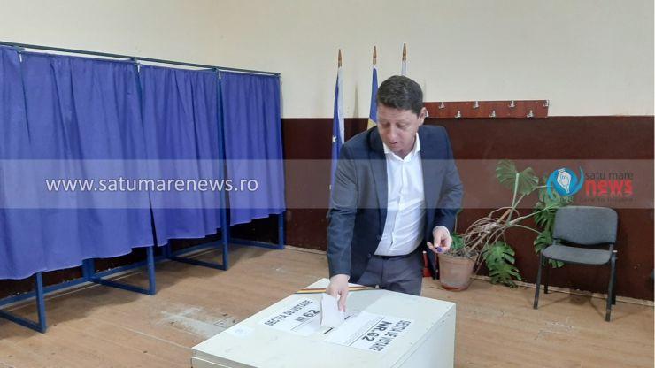 Deputatul PNL Romeo Nicoară aduce mulțumiri românilor ce au votat în diaspora și îi încurajează pe românii din țară să iasă în număr mare la vot