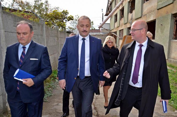 Vicepremierul Dîncu a vizitat principalele investiții din județul Satu Mare