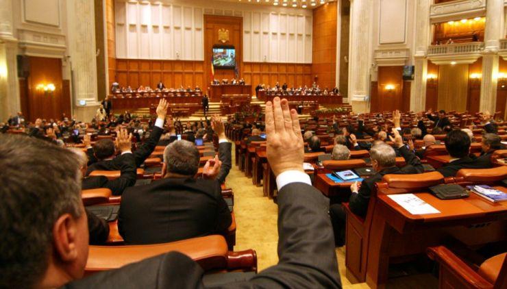 PNL depune moțiune de cenzură împotriva Guvernului