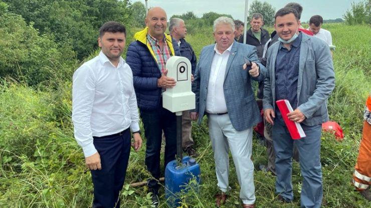 """A fost pusă prima bornă a """"Drumului Expres Satu Mare Oar: conexiune cu M49 din Ungaria"""""""