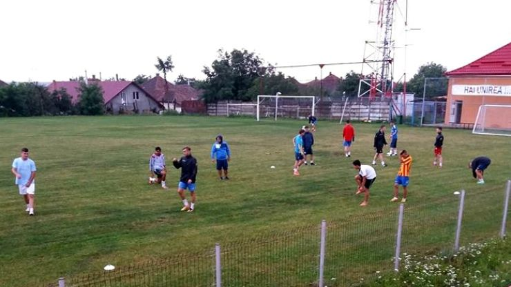 Liga 3 | Tășnădenii și-au reluat antrenamentele. Trei plecări și cinci noutăți în lotul Unirii