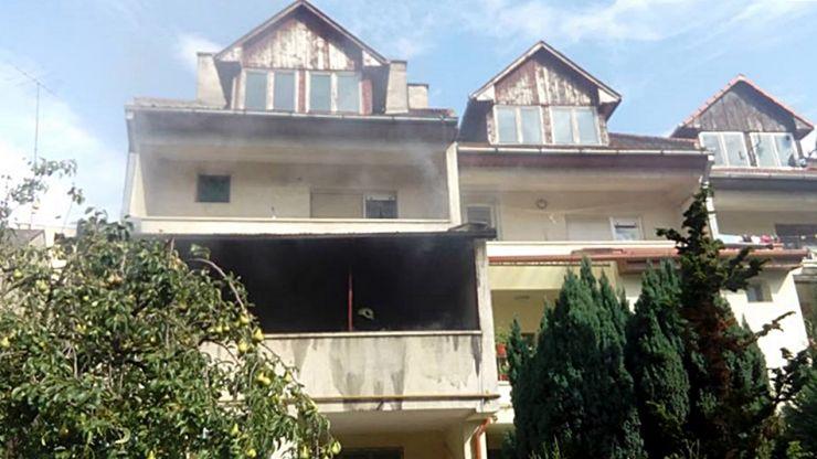 Bătrân salvat de pompierii sătmăreni dintr-o casă în flăcări