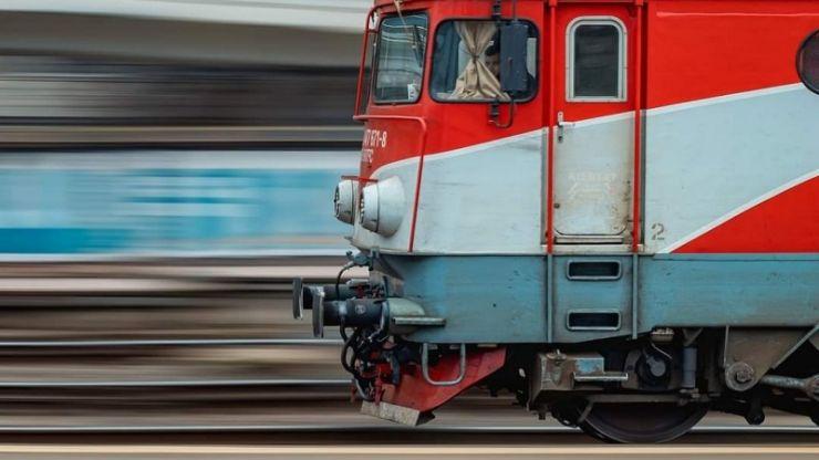 CFR Călători a reintrodus în circulație trenurile pentru elevi