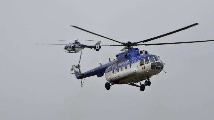 Piloţii Unităţii Speciale de Aviaţie Cluj au transportat 18 persoane cu COVID-19 la unităţi spitaliceşti din ţară