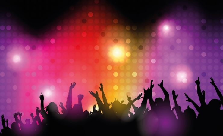 Mai multe discoteci și cluburi, amendate de pompieri