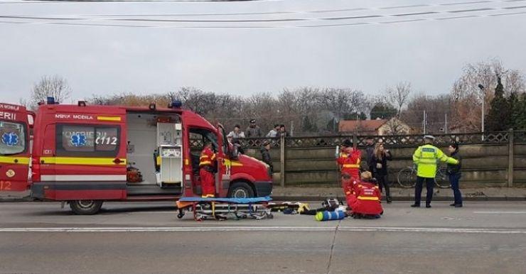 O femeie, de 68 ani, a decedat, după ce a fost spulberată de o mașină pe trecerea de pietoni