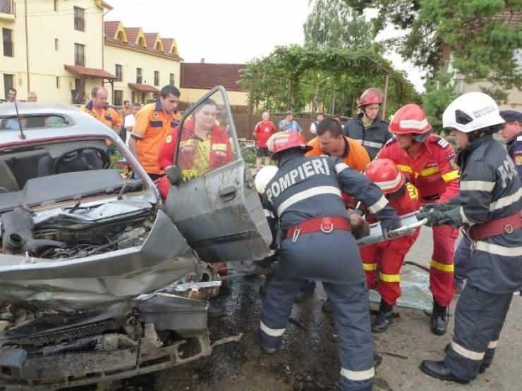 Accident grav lângă sediul Primăriei Păulești